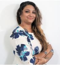 Deepika Taneja,tarot card reading expert at Life Positive