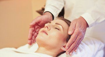 reiki for anxiety is an effective holistic approach