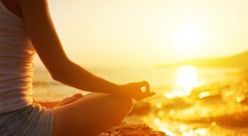 how does meditation relieve stress