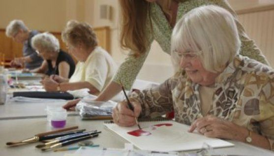 Benefits of art therapy for elderly and its positive impact on elderly.